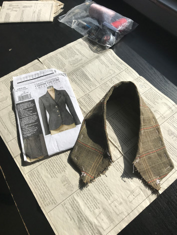 Claire Shaeffer Jacket Collar with Horsehair canvas and pad stitching