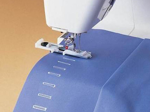 S8/8 INTERMEDIATE Learn to Sew – Sunday 8th August 2021