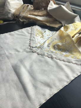The Chinese Style Brocade Gold and Ivory Lining