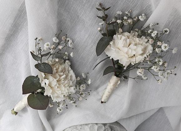 Carnation boutonnaire