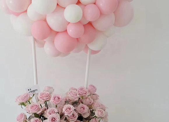 Hot air balloon 60 rose bucket