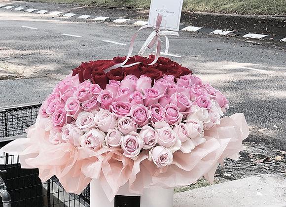140stalks ombré rose arrangements