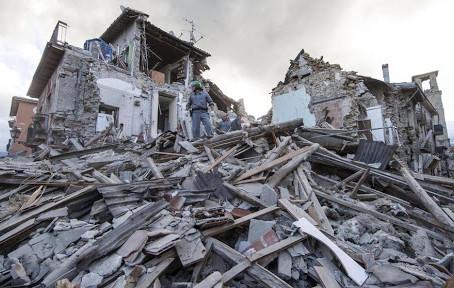 Terremotos y peregrinos