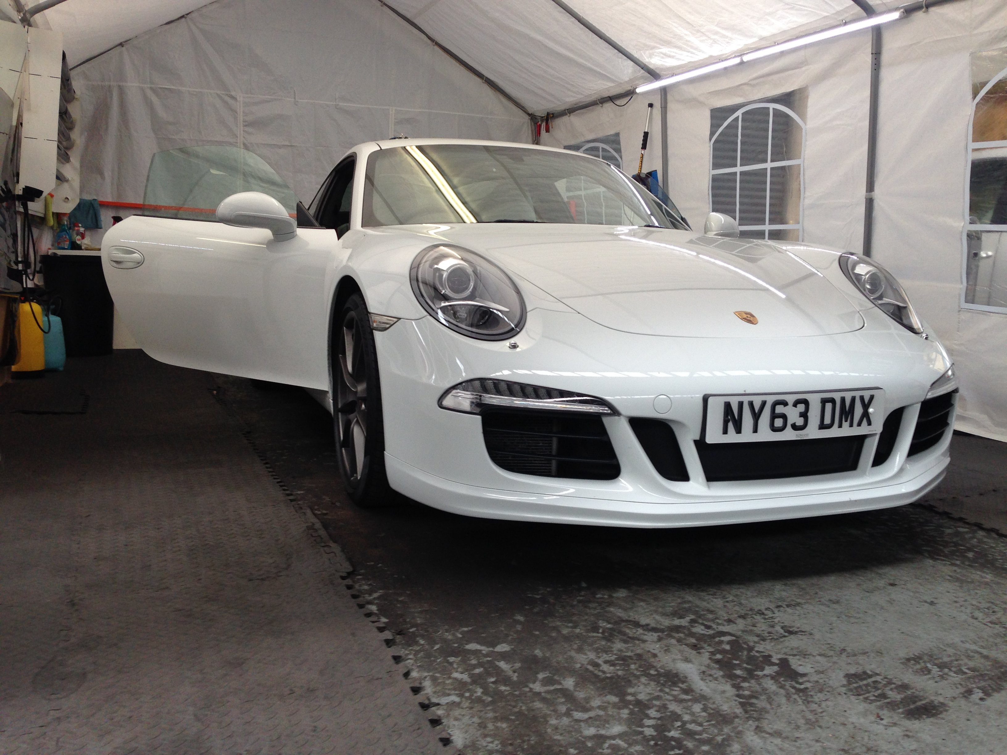 #germancar #whiteporsche #porsche #sportscar #windowtinting #isleworth