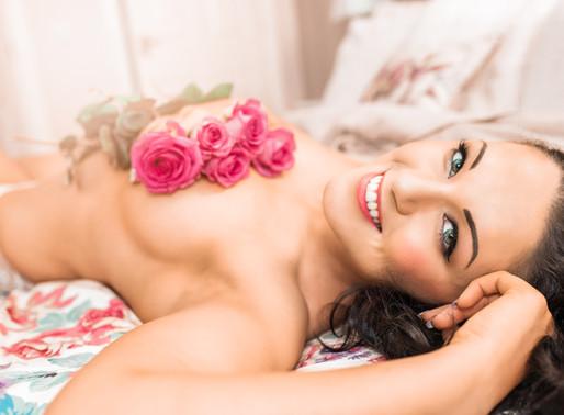Rose themed boudoir photoshoot