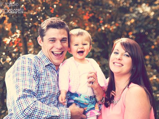 woodland autumn family photoshoot