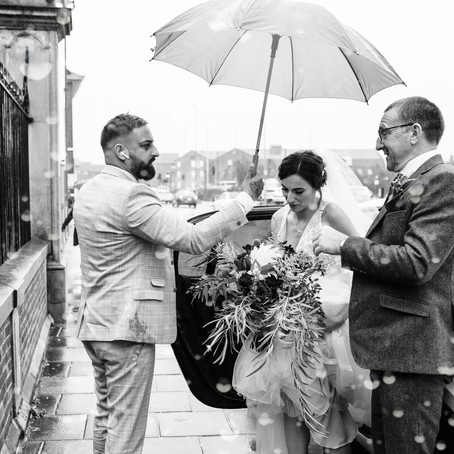 The Rainy Winter Boston Guildhall wedding of Kelly & Russell