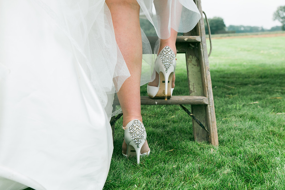 Wedding shoes mischka badgley