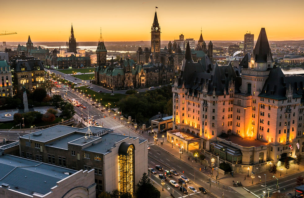 Panoramic-view-of-downtown-Ottawa-with-P