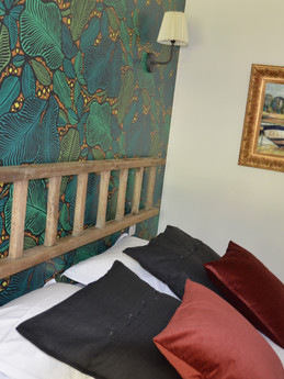 chambre et lit Queen size