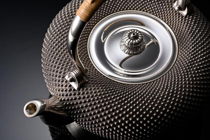 純銀霰湯沸 / Arare Tea Pot