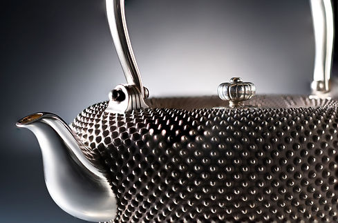 "純銀霰湯沸 / Tea Pot ""Arare"""