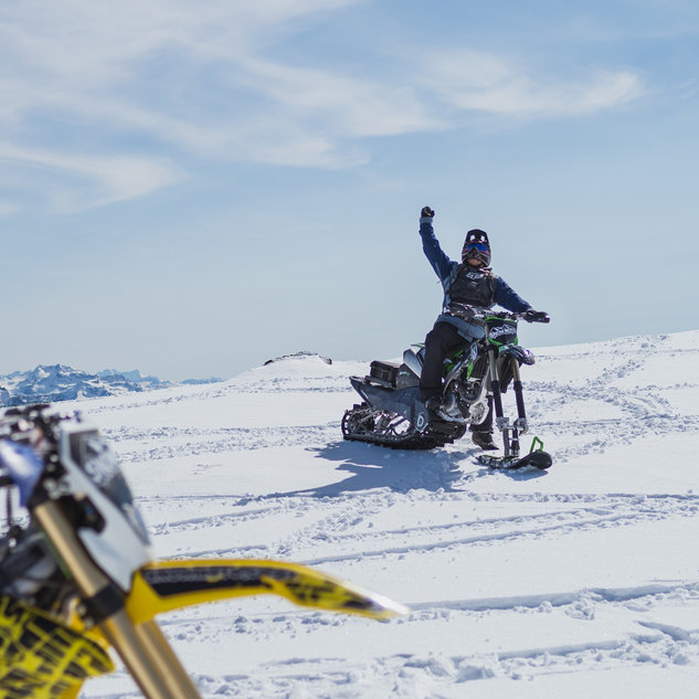 snowmoto%20nz%20hd-9_edited.jpg