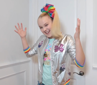 JoJo Siwa Is The Queer Icon I Wish I Had Growing Up