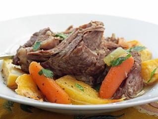 Easy Weeknight Pot Roast (Crockpot)