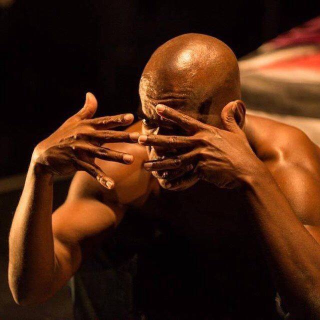 Dança Afro-Brasileira Contemporânea