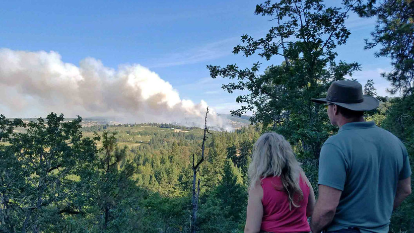 Local residents watch Mosier Creek Fire, that grew to 500 acres in the first few hours 8.12.20.