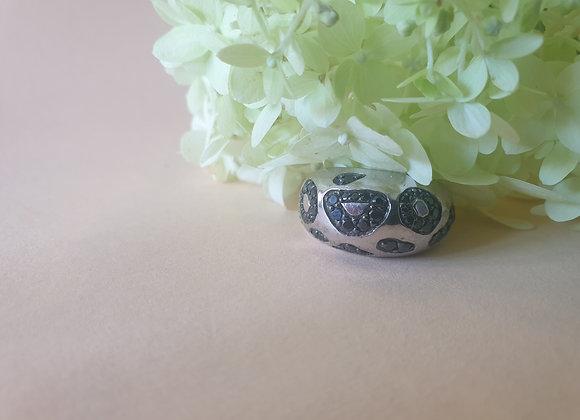 Zilveren ring met luipaardmotief in zwart zirkonia