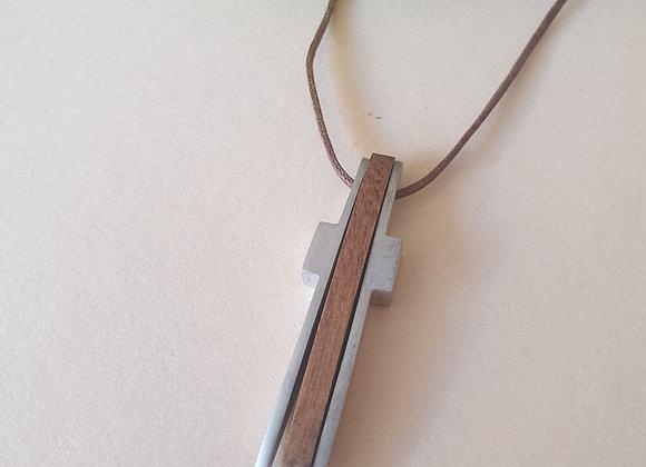 Stalen hanger met ebbenhout, kruis