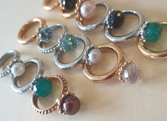 Stalen ringen met parel of kleursteen