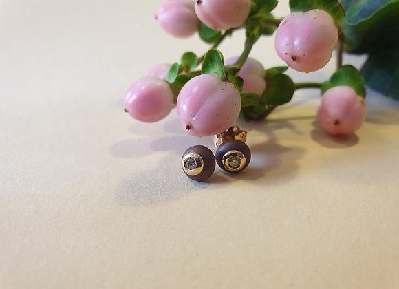 Keramiek oorknoppen met roségoud en briljant