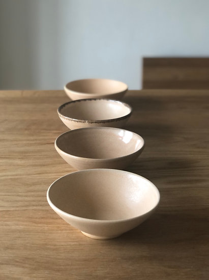 Set of 5 Light Peach Bowls