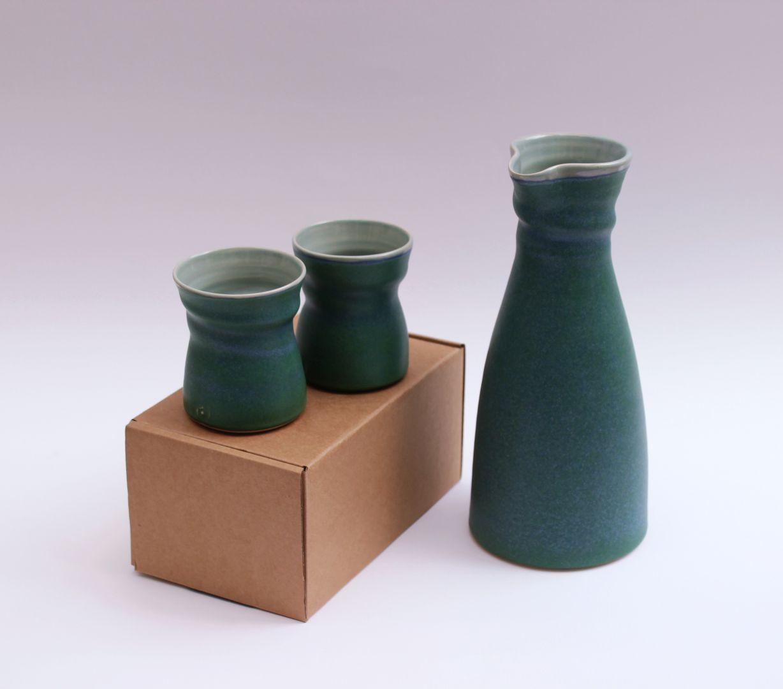 green carafe beakers