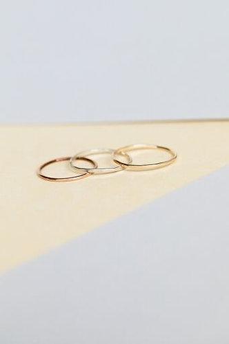 Zoe Basic Band Ring