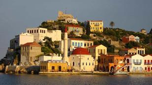 Καστελλόριζο, ο σπίνος με το τεράστιο εκτόπισμα και αδούλωτη Ελληνική ψυχή.