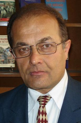 Κυπριακό: Θανατηφόρες μεταμφιέσεις «μεταβατικών» φάσεων, η αποχώρηση του Αττίλα, συγκρίσεις με άλλες
