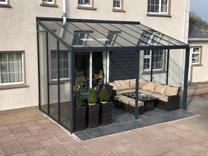 Simplicity Glass Room