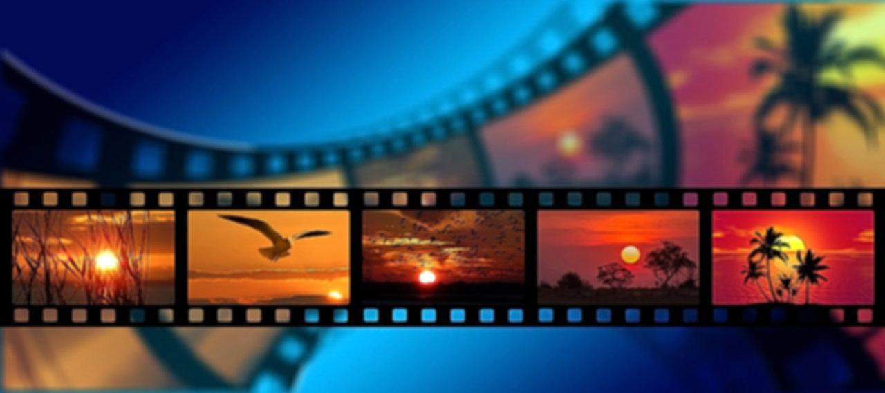 BLOG%20film-1668918_1280_edited.jpg
