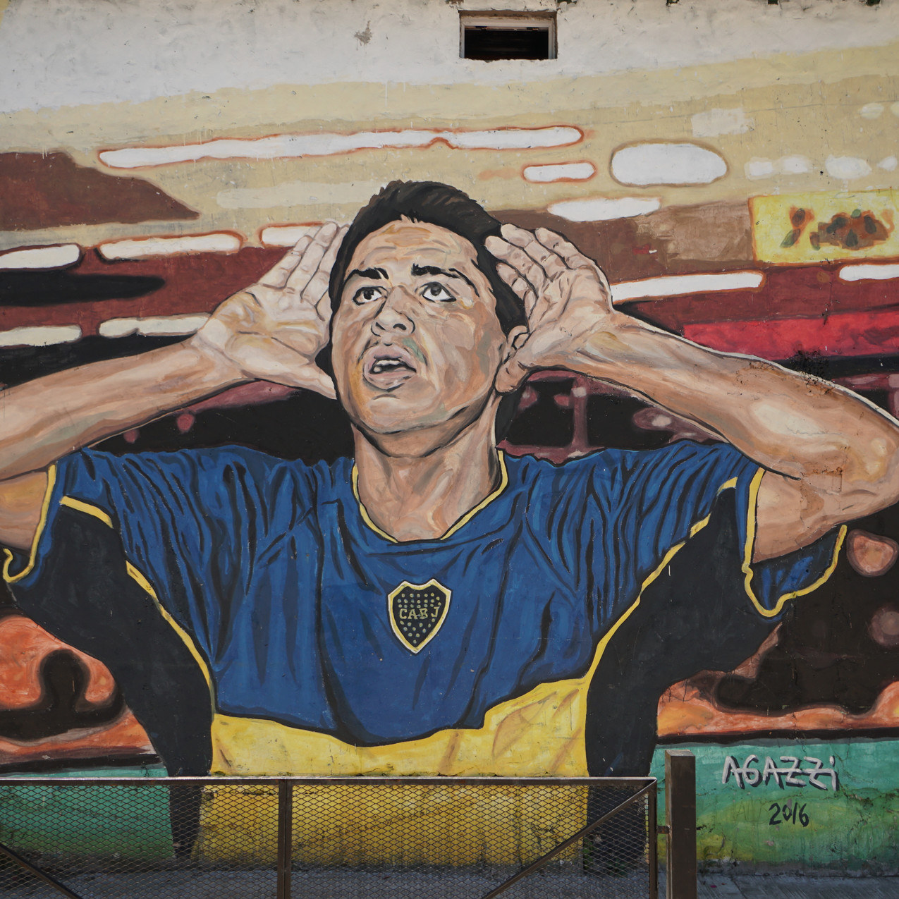 "Local God ""Maradona"""