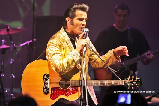 Mark Andrew - Elvis Impersonator