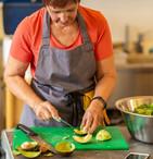 Soul Food volunteer preparing food