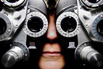 eyeglasses-679696_1920.jpg