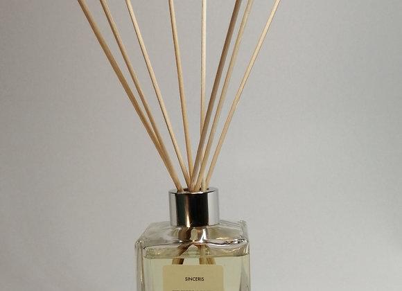 Fresh Linen 140ml Reed Diffuser