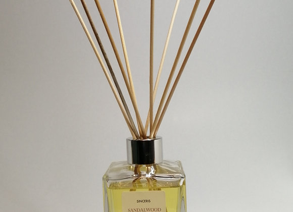Sandalwood & Jasmine 140ml Reed Diffuser