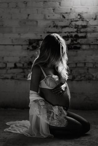 Julie + Taylor Maternity_Jmark Photograp