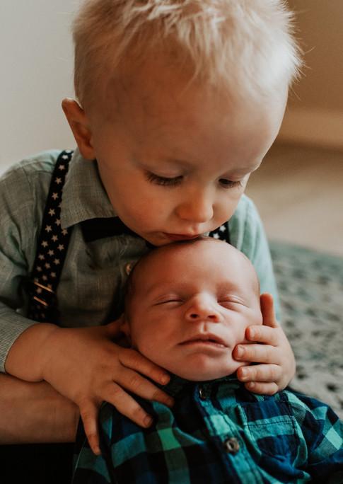 Shipley Family Sneak Peeks_Jmark Photogr