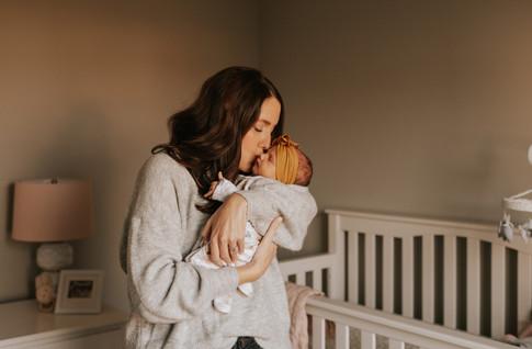 Sloane Paulson Newborn Sneak Peeks_Jmark