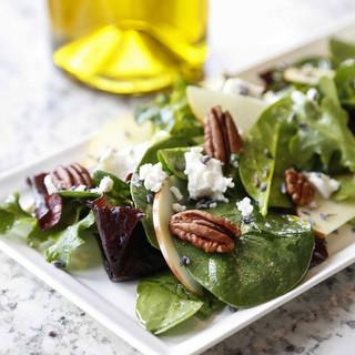 Spring Salad with Fruity Vinaigrette