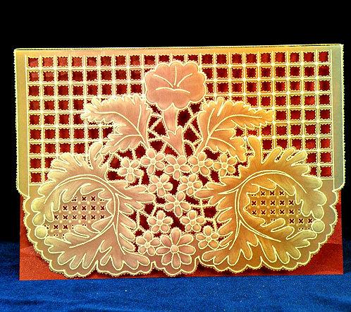 Carte fleurs sur fond bronze- modèle de Pergamano