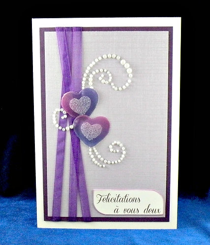 Carte de mariage aux 2 coeurs violets