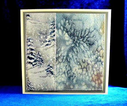 Carte de Noël avec ruban aux sapins
