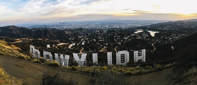 hollywood sign pic 2.jpg