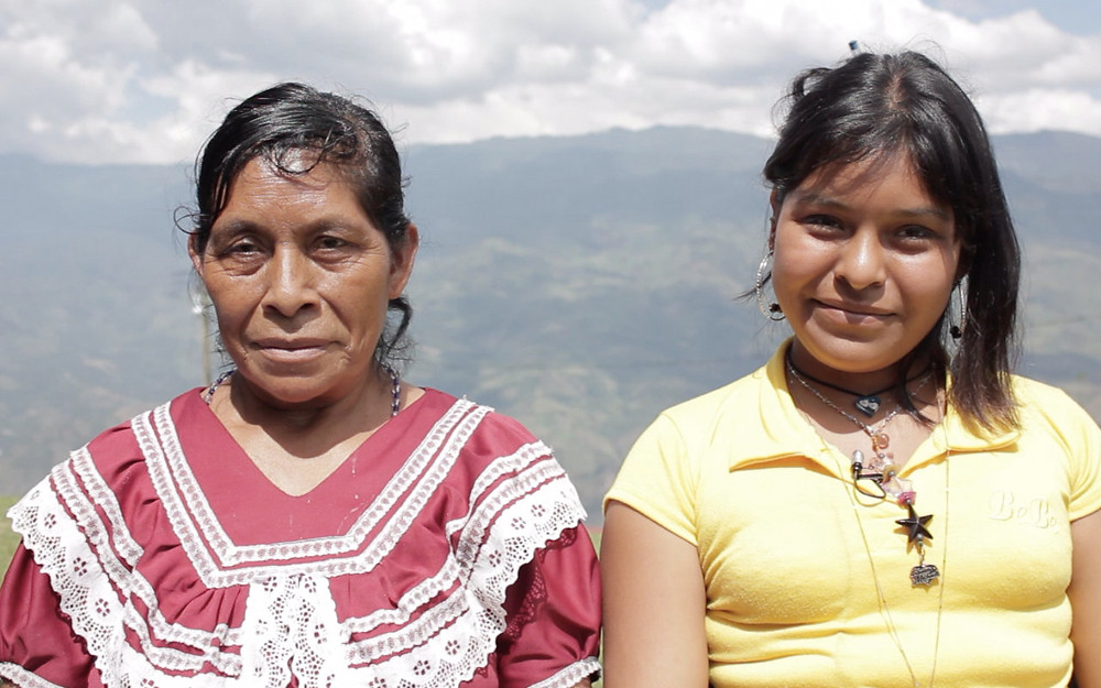 Rosa, a traditional midwife in Chiapas and her apprentice and daughter, Reynalda