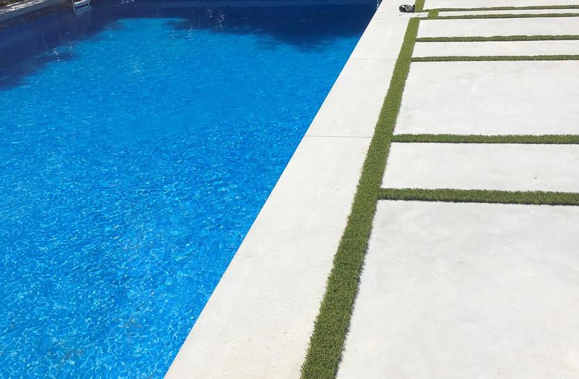 concrete-pool-deck--coping-03-19025-RS.j