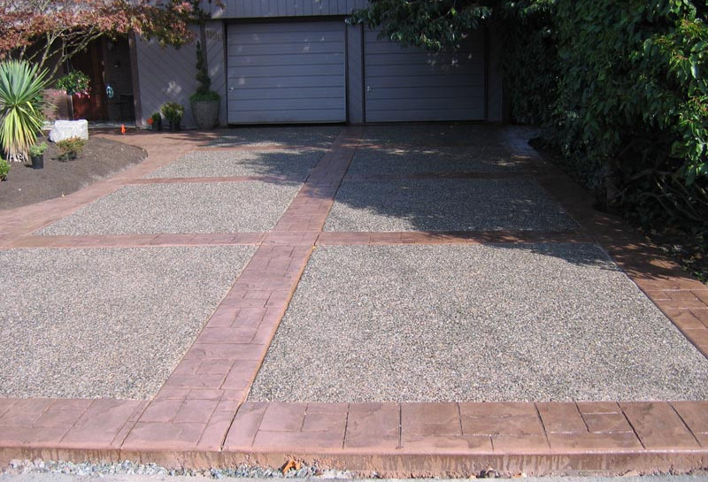 Exposed Aggregate with Stamped Border