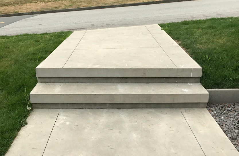 smooth-concrete-stairs 06-17999-01.JPG